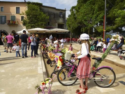 cagnes-flower-bike-competition