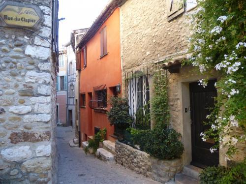 rue-du-clapier-cagnes