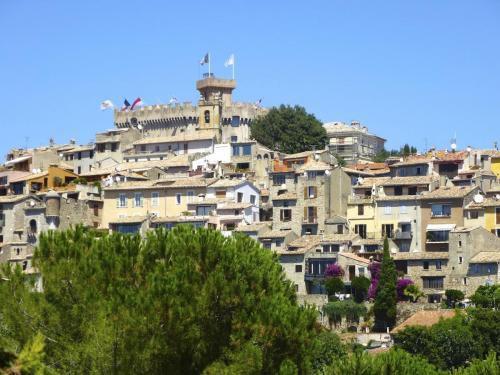 village-colline-cagnes